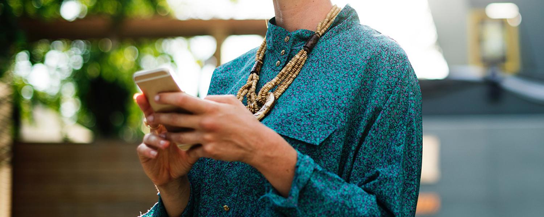 Suivez vos commandes Cochlear par SMS